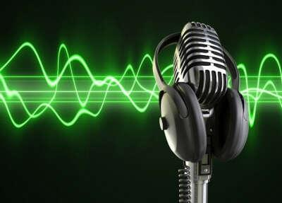 Стать радио-диджеем