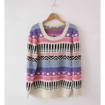 Вязаный свитер.