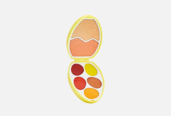 MAKEUP REVOLUTION i heart makeup easter egg shadow palette chick egg