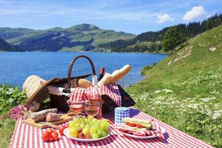 Пикник у моря
