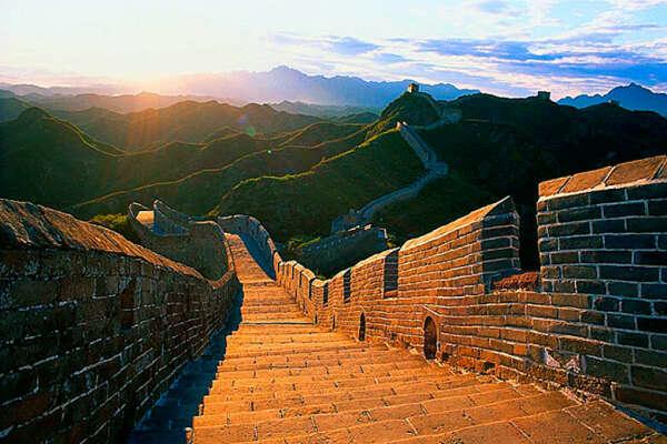 Побывать на великой Китайской стене