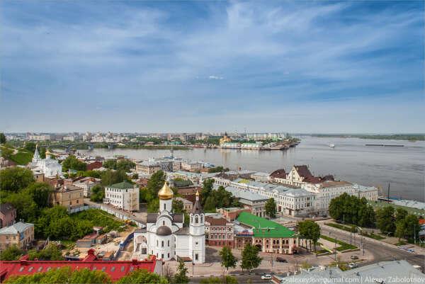 Поехать в Нижний Новгород