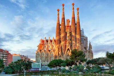 Побывать в Испании и попрактиковать язык