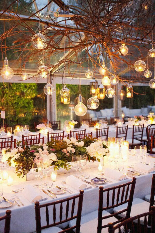 Организовать и провести романтичную свадьбу с множеством свечей и фонариков