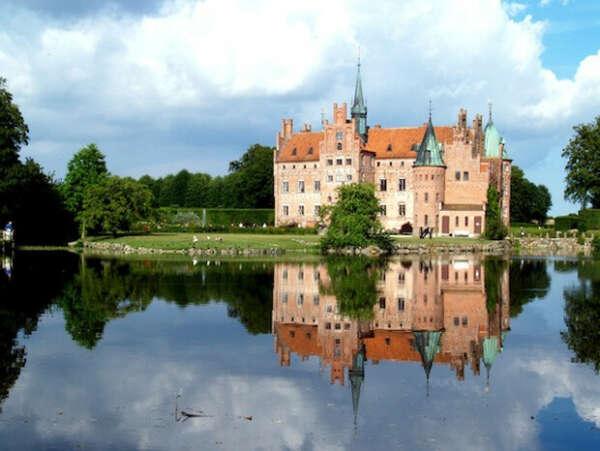 Посетить Данию