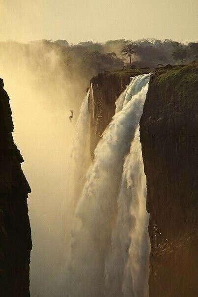 ..увидеть самые красивые водопады мира
