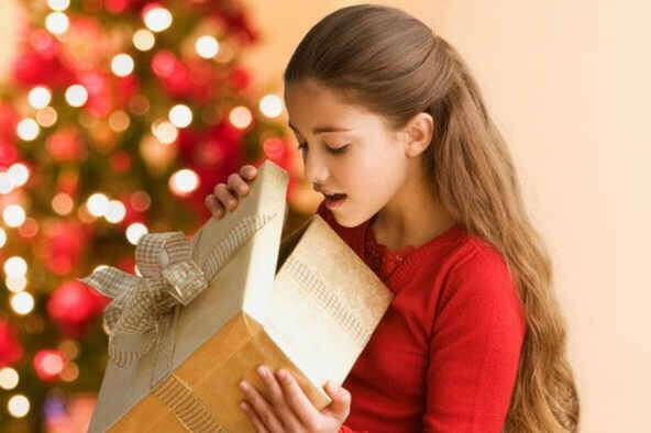 Подарить те подарки близким, которые они хотели больше всего