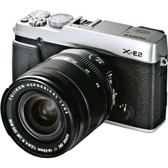 Фотоаппарат со сменной оптикой Fujifilm X-E2 + 18-55 Silver kit