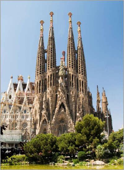 Увидеть Sagrada Familia
