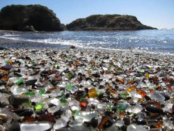 Стеклянный пляж (Glass Beach), Калифорния, США