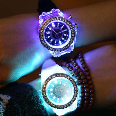 Часы со светом