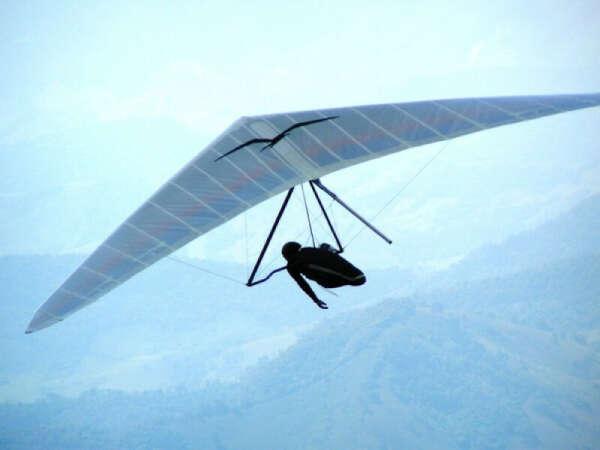 Полетать на дельтаплане
