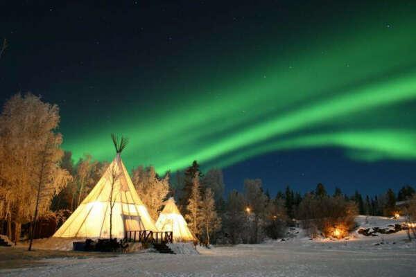 Восхититься северным сиянием