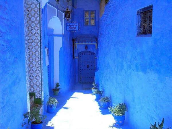 Посетить синий город в Марокко