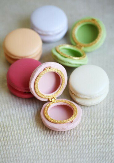 Macaron Jewelry Boxes by Chambre de Sucre