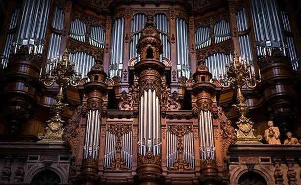 Сходить на концерт органной музыки
