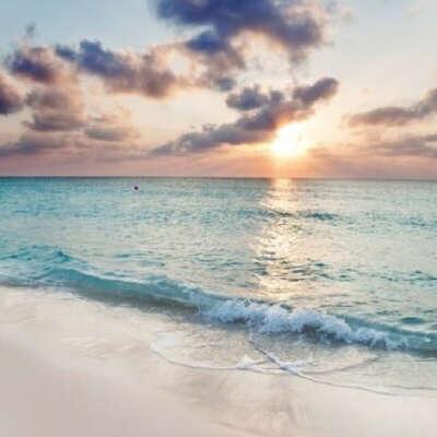 Встретить рассвет у моря