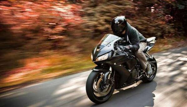 Проехаться на мотоцикле