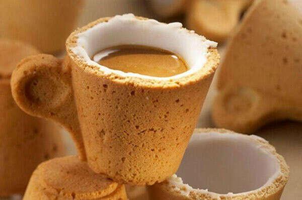Попить кофе из таких кружечек!