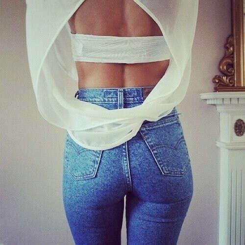 Обтягивающие джинсы с высокой талией