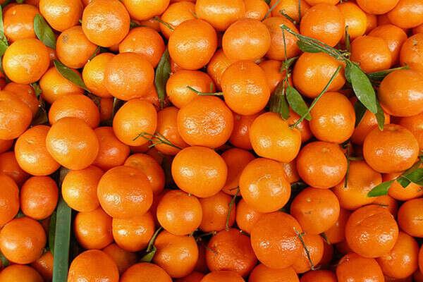 Очень много мандаринок