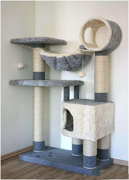 Игровую площадку для своих котиков
