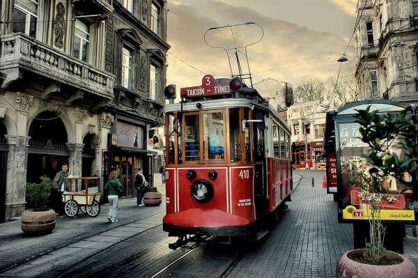 Покататься на трамвае