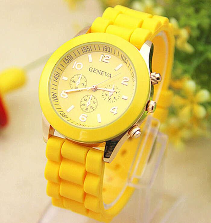 Жёлтые часы
