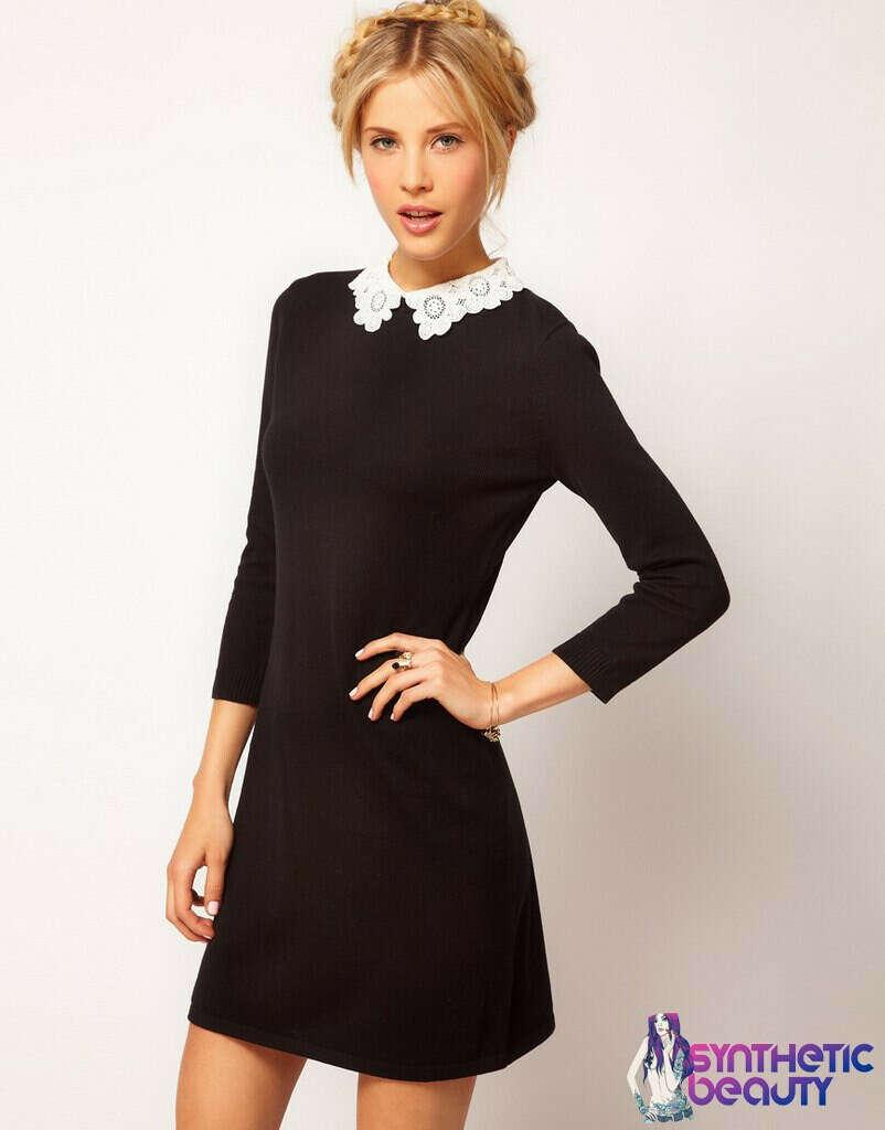 Платье с кружевным воротничком