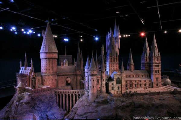Побывать в музее Гарри Поттера