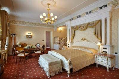 Ночь в пятизвездочном отеле