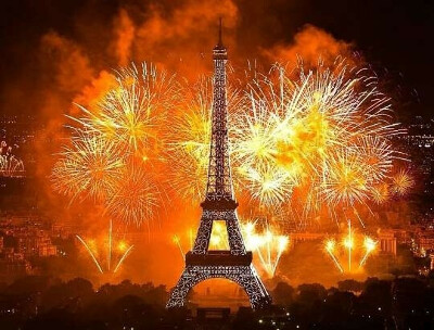 Новый год в париже