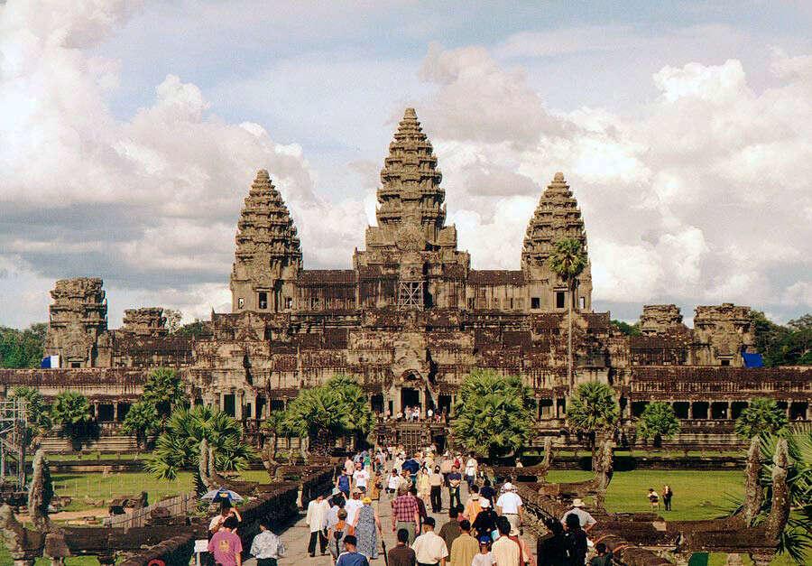 Посетить Ангкор-Ват