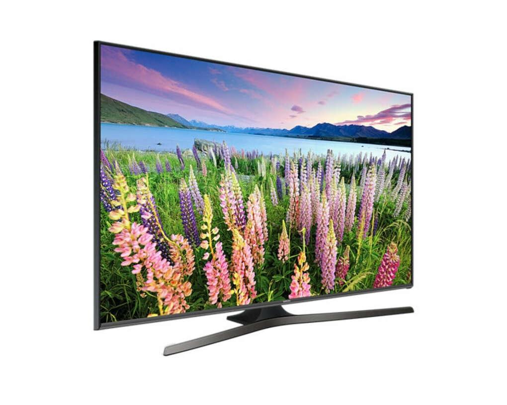 Большой и тонкий Smart TV