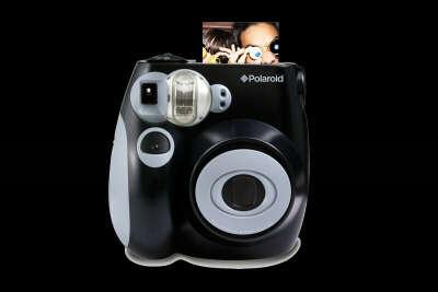 Моментальный фотоаппарат Polaroid 300, PIC300 черный