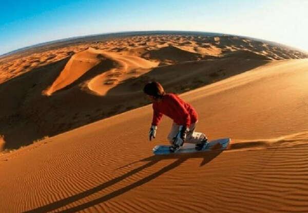 Sandboarding - Luxury Camp Chebbi - Merzouga