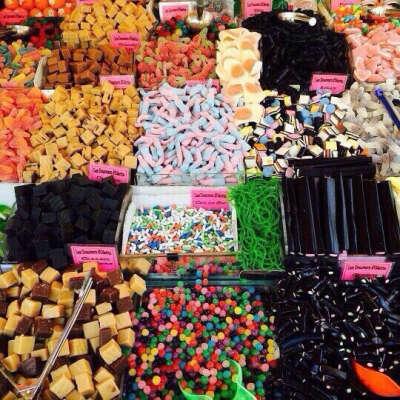 Купить кучу сладостей