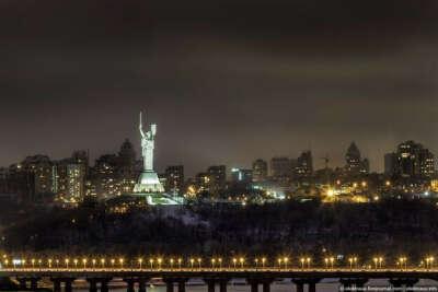 Гулять по ночному Киеву