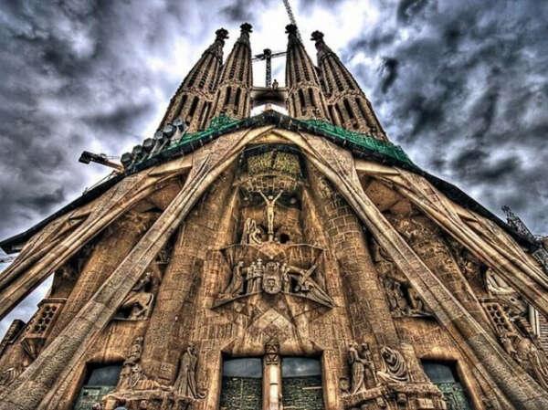 Хочу увидеть и посетить Храм Святого Семейства (Sagrada Família). Барселона. Испания.