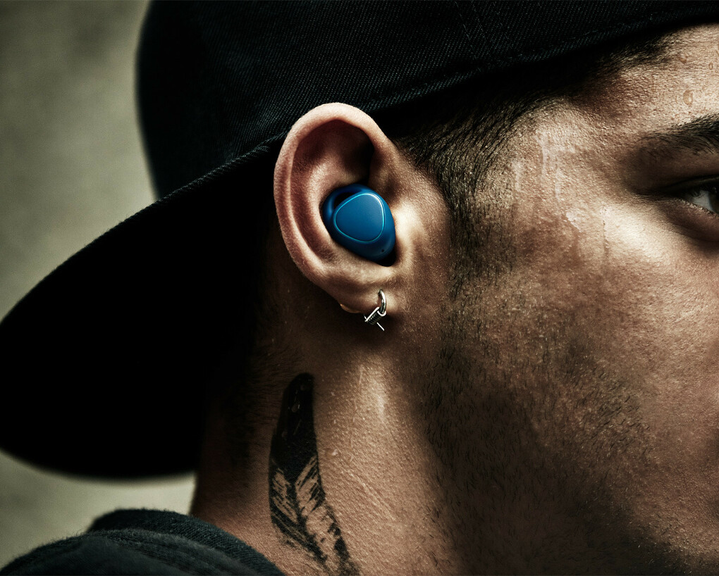 Наушники Samsung Gear IconX синие