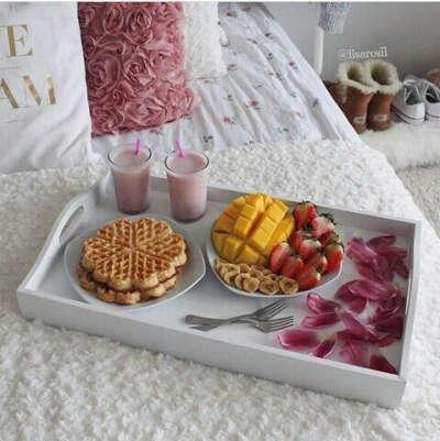 завтрак в постель:)