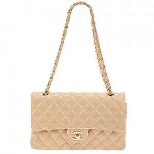 сумку Chanel