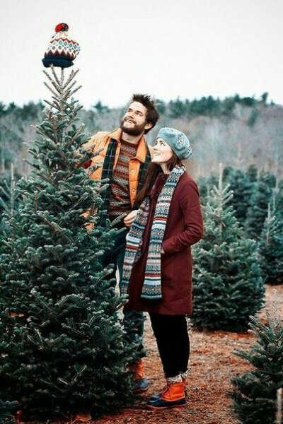 Большую, пышную елку на Новый Год :3