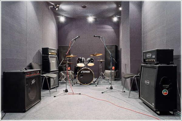 Собственная звукозаписывающая студия!