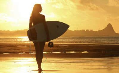 Катаюсь на сёрфинг доске