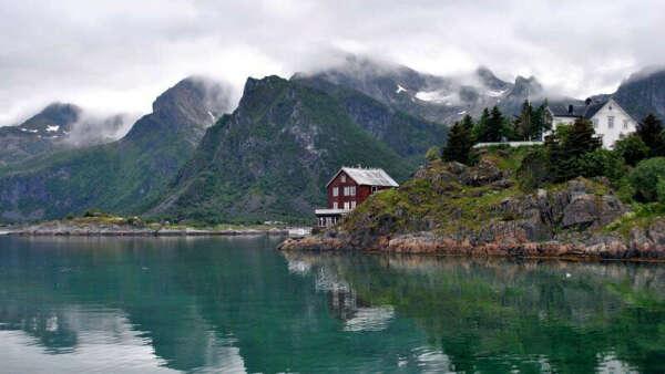 Explore Norwegian Fjords: Stavanger-Bergen-Flåm-Oslo