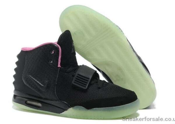 Кроссовки Nike со светящейся подошвой