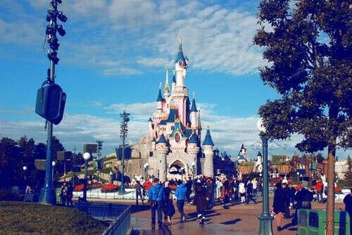 Побывать в Disneyland