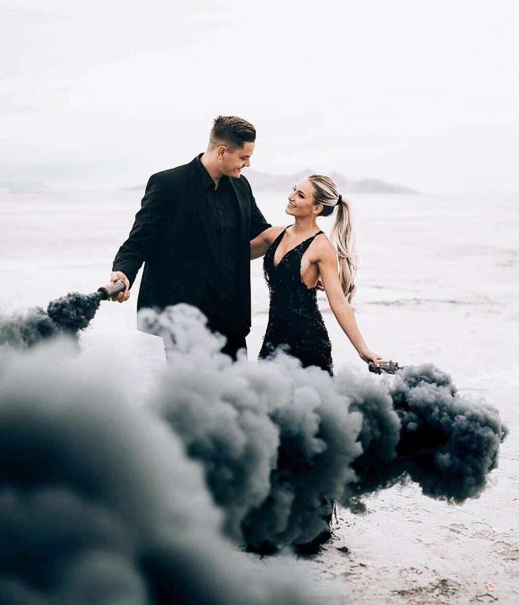 Фотосессия с использованием цветного дыма