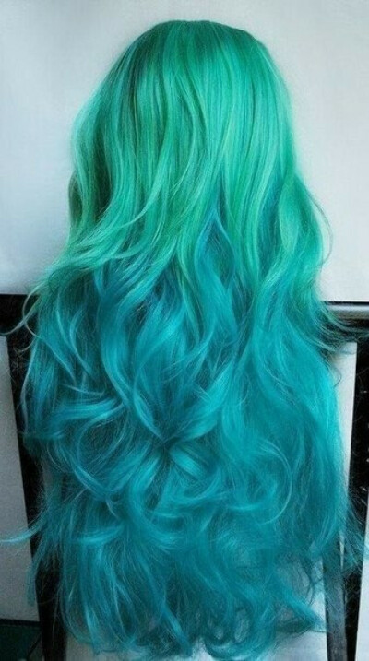 Покрасить волосы в синий цвет.